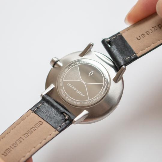 So kann man das Armband austauschen. Foto: nordgreen
